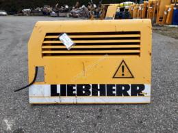 Liebherr R904