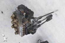 Merlo Distributeur hydraulique pour chargeur sur pneus 35.13