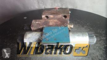 losse onderdelen bouwmachines Bosch Control valve Bosch 081WV10P1V1002WS024/00D11