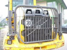 Volvo Revêtement (819) L 60 / 70 / 90 / 110 / 120 Heckschutz pour chargeur sur pneus 819 L 60 / 70 / 90 / 110 / 120