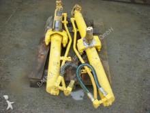 Bekijk foto's Losse onderdelen bouwmachines Komatsu Vérin hydraulique  (84) D 65 hydraulic jack / Hubzylinder pour autre matériel TP  (84) D 65 hydraulic jack / Hubzylinder