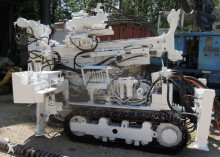 Hütte drilling vehicle drilling, harvesting, trenching equipment