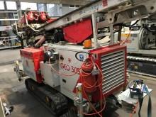 сверление, забивка свай, земляные работы машина бурильная Comacchio