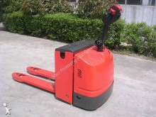 pallet truck handbestuurd Dragon Machinery