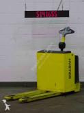 Hyster pedestrian pallet truck