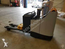 Crown stand-on pallet truck