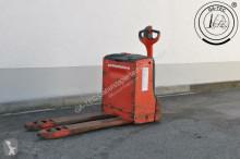 Linde T16 pallet truck