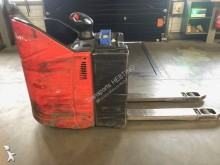 Fenwick stand-on pallet truck