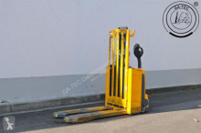 Jungheinrich pallet truck