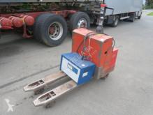BT LT2000/10 pallet truck