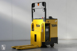 pallet truck Yale