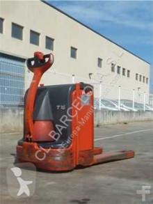 Linde T-16 / 360 pallet truck