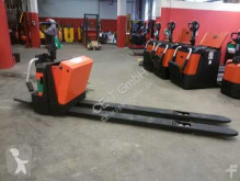 transpalet BT LPE 200/8 // 4250 Std / 2350 mm Gabellänge