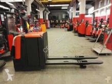 BT LPE 240 // 2.4T Tragkraft / Plattform klappbar pallet truck