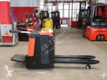 BT LPE 240/S // 3.531 Std. / 2.4T Tragkraft / 1.150 mm lange Gabeln pallet truck