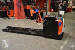 paletovací vozík BT LPE 250 // 1.470 Std. / 2.330 mm lange Gabeln / sehr guter Zustand