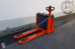 wózek paletowy Linde T16