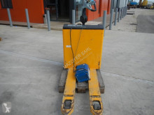 View images Hyster P2.0S pallet truck