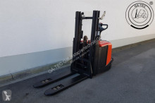 BT SPE200D stacker
