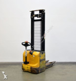 Yale MS 12-42 stacker