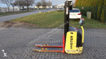 Hyster S1.02820 stacker