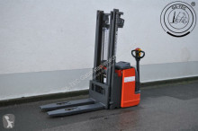Linde L20i stacker
