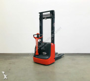 Linde L 12/1172 stacker