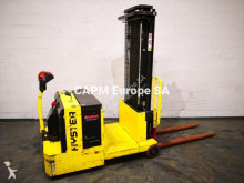 Hyster S1.0C stacker