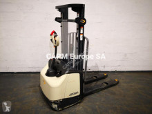 Crown WF 3000 stacker