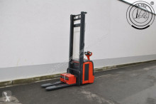 Linde L14 stacker