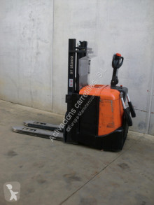 BT SPE 125 L stacker