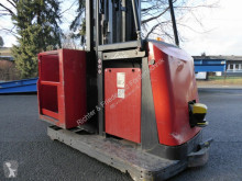 Linde V12 stacker