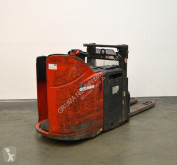Linde L 12 stacker