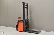 Linde H 25 T-01 /24975/ stacker