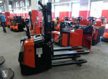 BT SPE 200 D stacker