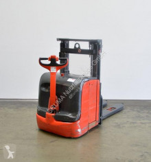 Linde L 14/372-03 stacker