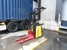 Hyster S1.5S stacker