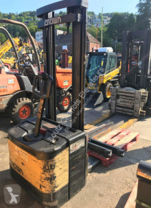 Crown WE2000-1.25TL stacker