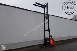 Linde L16i stacker