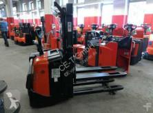 wózek podnośnikowy samojezdny BT SPE 200 D // 3467 Std / HH 2500 mm Duplex Initialhub