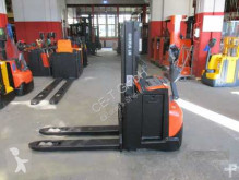 stacker BT SWE 200 D // HH 2.100 mm / Initialhub