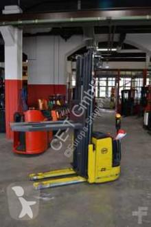 wózek podnośnikowy samojezdny OM CN 14 // 2.284 Std. / Batt. Bj. 2011 / HH 5.475 mm / FH 1.890 mm / Triplex