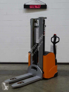 Still egv16/batt.neu stacker
