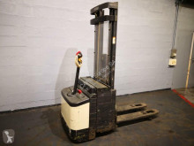 Crown WI2300-16 stacker