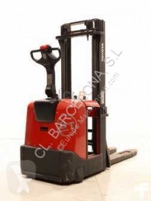 Toyota 7 SLL 16 stacker