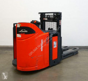 Linde D 12 SP/133 stacker