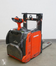 View images Linde L 12  stacker