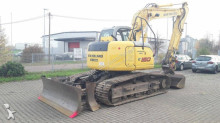 tractopelle New Holland E150-1ES blade runner
