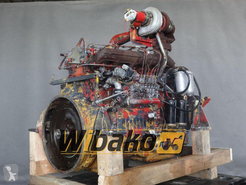 Vedeţi fotografiile Buldoexcavator Iveco Engine Iveco 8041T