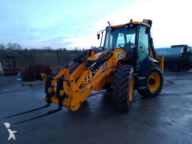 Tractopelle JCB